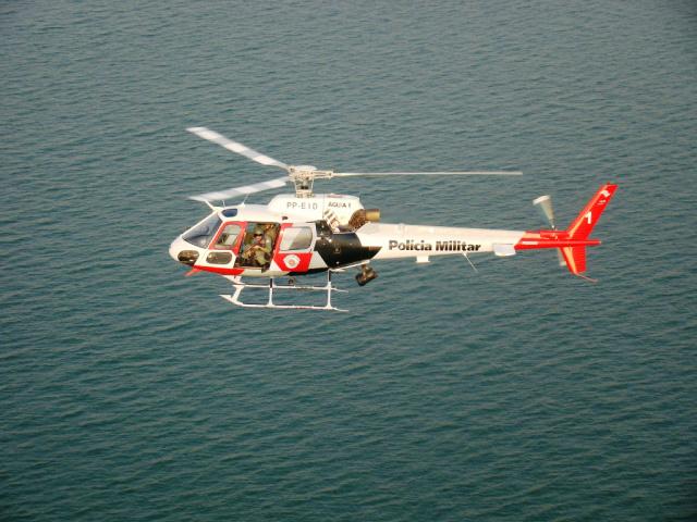 Buscas tem suporte de helicóptero Águia da PM. - Crédito: Foto: PM-SP/Divulgação
