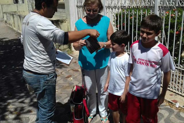 Agentes levaram informações aos moradores da cidade. - Crédito: Foto: Divulgação