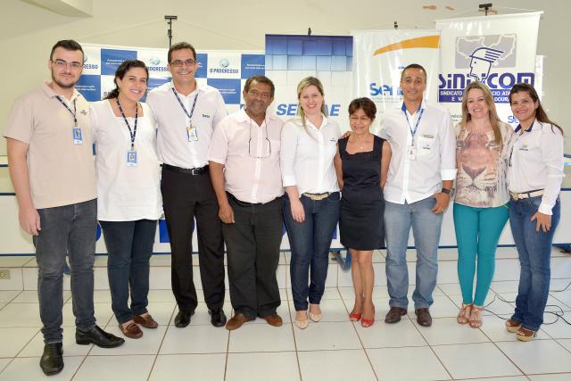 Primeira reunião entre entidades que vão desenvolver projeto comércio nos bairros. - Crédito: Foto: Marcos Ribeiro