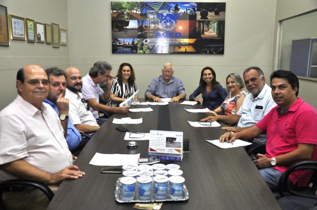 """Chapa """"Associativismo @ Participação""""  fez o registro na Aced. - Crédito: Foto: Hedio Fazan"""