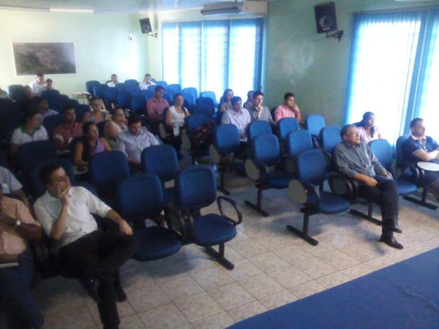 Participantes da Audiência que aconteceu em Jateí no último dia 12. O evento discutiu a LDO para 2017. - Crédito: Foto: Divulgação