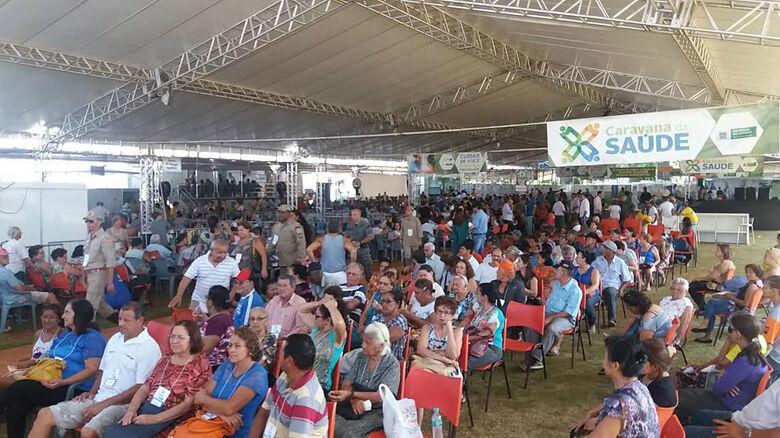 Mais de mil pessoas compareceram ao Jorjão na manhã desta quinta-feira Fotos: Flávio Verão -