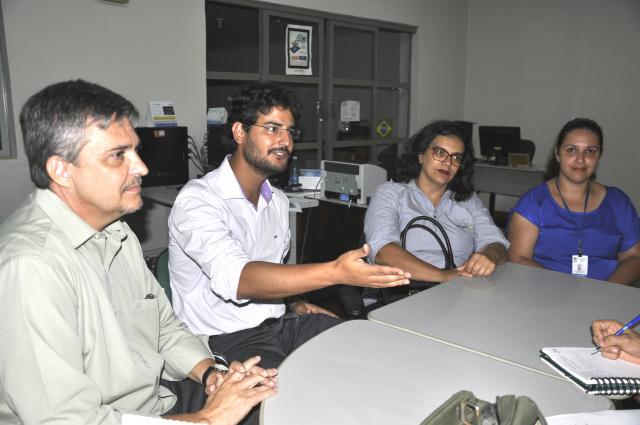 Diretoria eleita do Previd na redação do jornal O PROGRESSO. - Crédito: Foto: Hedio Fazan