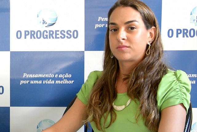 Médica infectologista Renata Praça Longhi alerta sobre a importância de se vacinar contra a gripe. - Crédito: Foto: Marcos Ribeiro