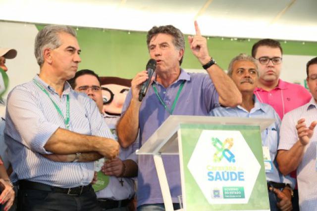 Prefeito Murilo destava a Caravana, ao lado do governador Reinaldo, como uma grande ação de união pelo povo. - Crédito: Foto: Divulgação/A. Frota/Assecom