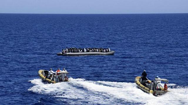 Barco com mais de 400 migrantes naufraga na costa do Egito. - Crédito: Foto: Divulgação