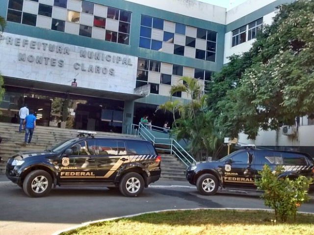 PF cumpre mandado de busca e apreensão na prefeitura - Crédito: Foto: Délio Pinheiro/ Inter TV