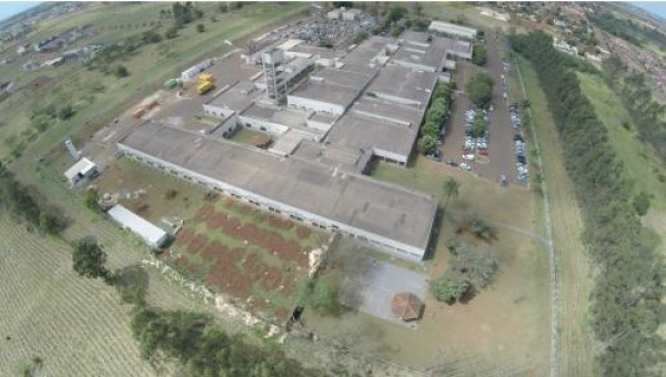 Vista aérea do HU-UFGD, a partir da área onde será construída a nova unidade materno-infantil -