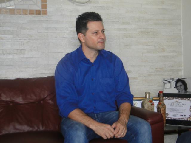Renato Câmara tem como desafio  estruturar o PMDB para as eleições de outubro. - Crédito: Foto: Hedio Fazan
