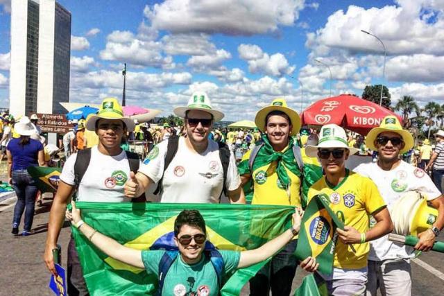Alisson, Joaquim, Daverson, Weliton, Carlos e Pedro Cesar em Brasília. - Crédito: Foto: Divulgação