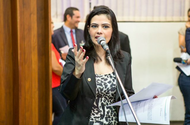 A deputada Grazielle Machado recebeu  representantes da PM. - Crédito: Foto: Divulgação