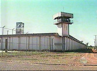 Das quatro torre na PED, uma está desativada Foto: Arquivo -