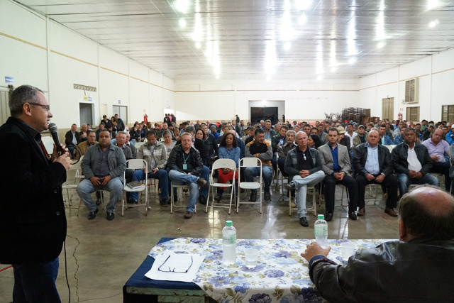 Encontro entre produtores e superintendente do Trabalho. - Crédito: Foto: Paulo César