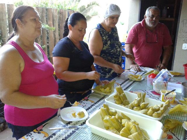 Oficina de culinária foi uma das atrações do 1º Festival do Milho em Dourados. - Crédito: Foto: Divulgação