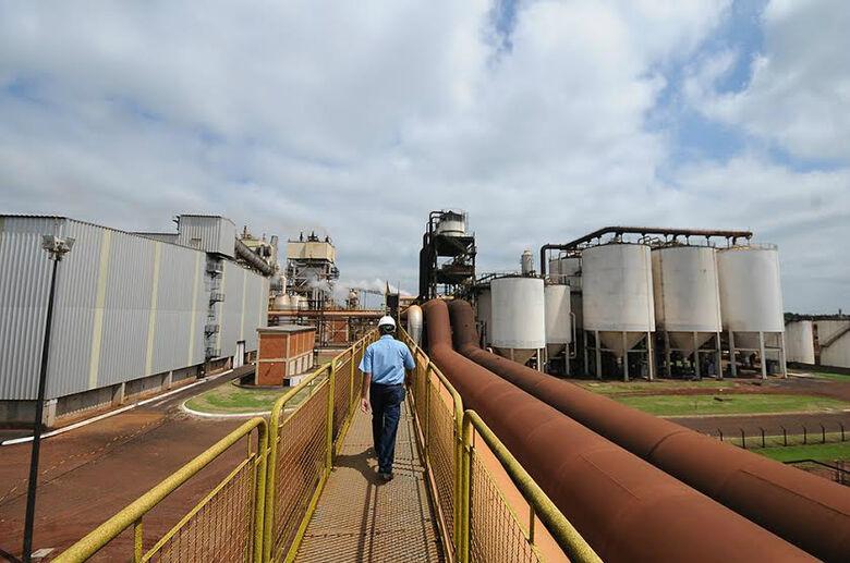 Indústria registra saldo negativo  de empregos -
