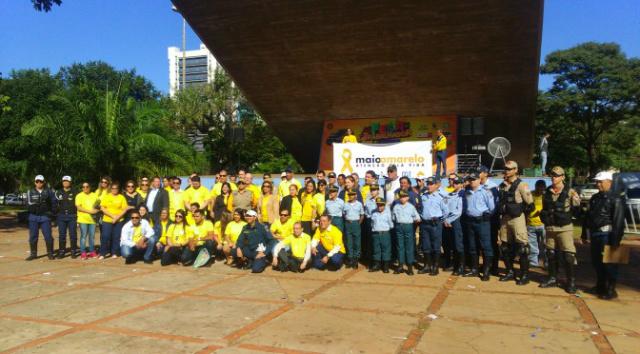 Um dos eventos foi realizado na Praça do Rádio Clube em Campo Grande e contou com a presença de todos os apoiadores da ação. -
