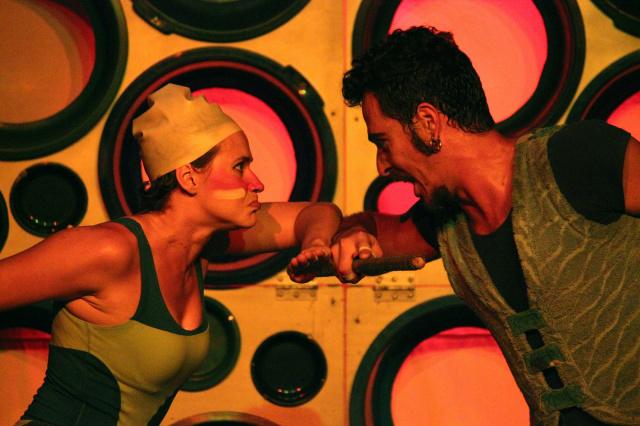 """Montagem de """"Simbá, o Marujo"""" é inspirada em trabalhos de Maria Lucia Pupo e Ana Maria Amaral, e segue a linha de investigação da Trupe de Truões no universo infantojuvenil. - Crédito: Foto: Rafael Michalichem"""