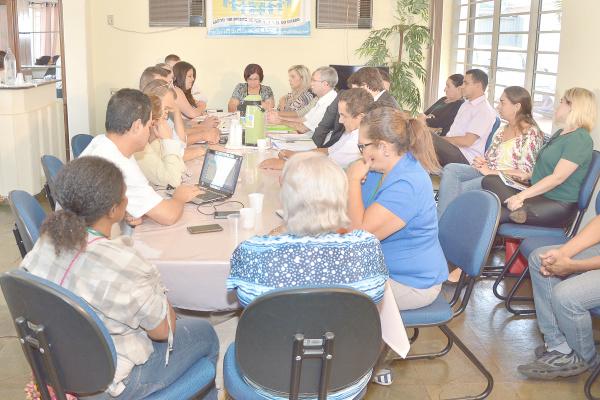 Reunião no Conselho Municipal de Saúde. Foto: Marcos Ribeiro -