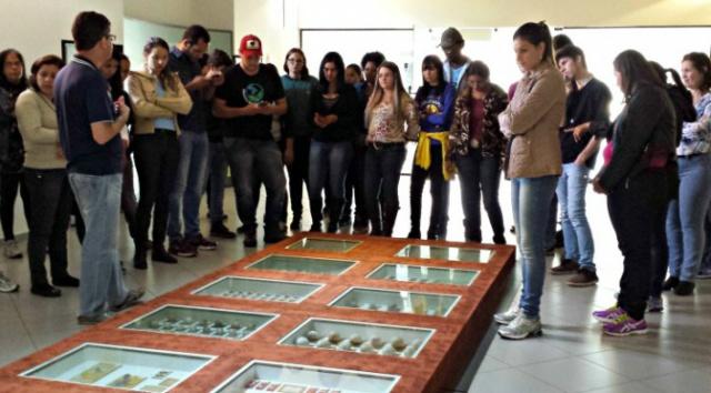 Acadêmicos da UEMS de Dourados fazem visita técnica em Campo Grande. - Crédito: Foto: UEMS/Divulgação