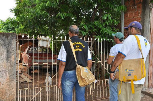 Apesar da redução de notificações, a Prefeitura mantém foco nos mutirões e vistoria nos imóveis. - Crédito: Foto: Divulgação