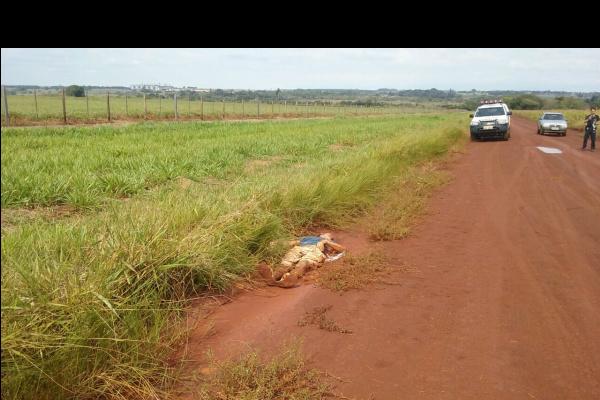 Homem é assassinado a facadas em estrada vicinal de Dourados  -