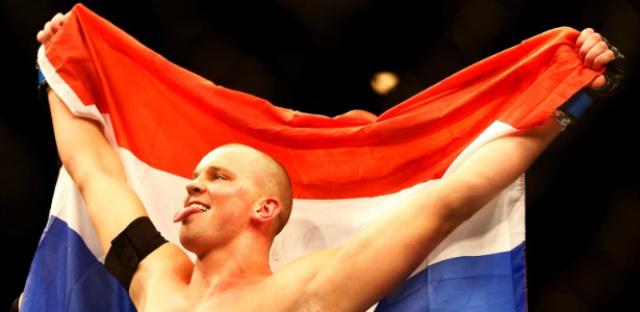 Stefan Struve derrota Antonio Pezão no UFC Holanda. - Crédito: Foto: Divulgação
