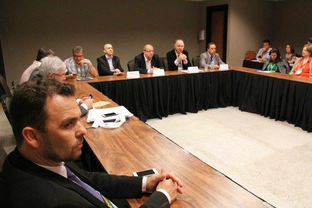 Presidente da Assomasul Juvenal Neto liderou prefeitos do Mato Grosso do Sul em Marcha a Brasília. - Crédito: Foto: Divulgação