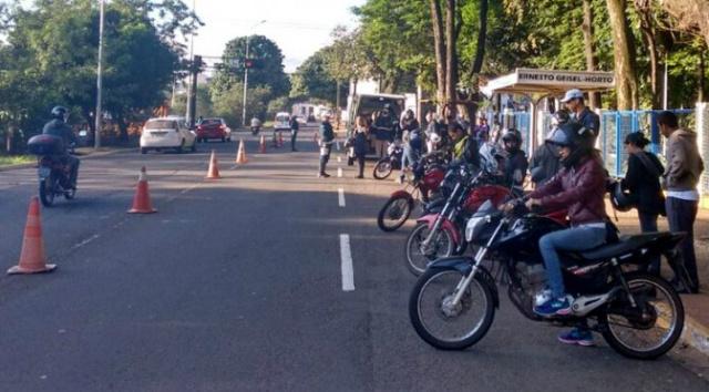 Polícia Militar prende 11 foragidos da Justiça e recupera 12 veículos durante a operação Saturação. - Crédito: Foto: Divulgação