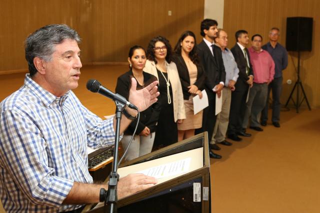 Prefeito Murilo deu posse na manhã de terça-feira à nova diretoria-executiva do Previd. - Crédito: Foto: A. Frota