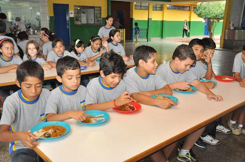 Em Dourados prefeitura investe bastante para manter qualidade na alimentação dos alunos -