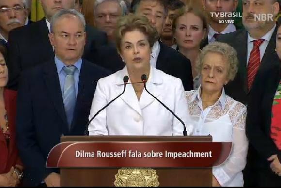 Dilma faz pronunciamento após ter sido notificada do afastamento do cargo por até 180 dias. - Crédito: Foto: Divulgação