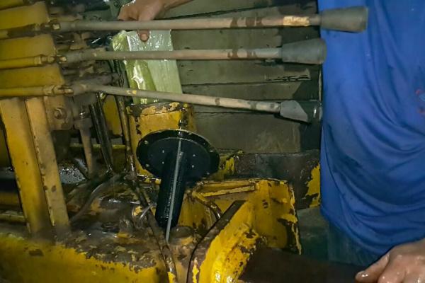Droga estava em sistema hidráulico de caminhão. -