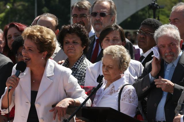 Presidente da República afastada, Dilma Rousseff, discursou ontem para apoiadores. - Crédito: Foto: Marcello Casal Jr/Agência Brasil