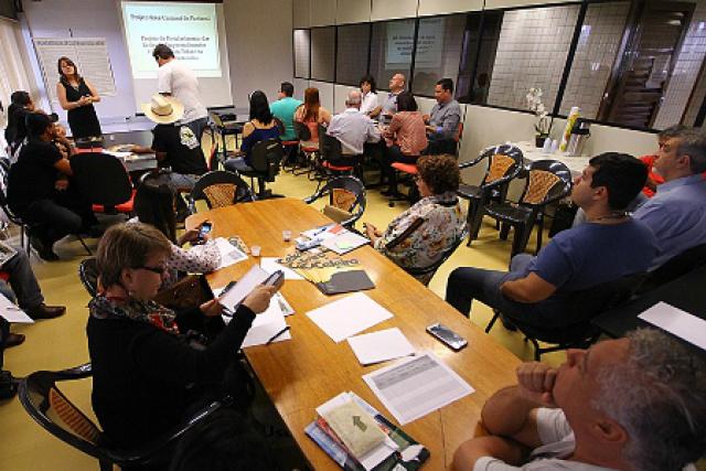 Representantes dos municípios na elaboração do calendário denominado de Plano de Ação Integrado. - Crédito: Foto: Edemir Rodrigues
