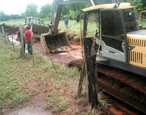 Índios flagraram momento exato da destruição na estrada -