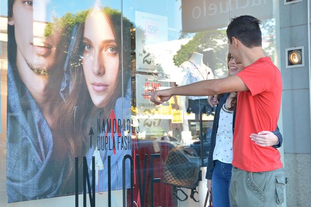 Pesquisa indica que 73% dos entrevistados devem procurar lojas no centro da cidade. - Crédito: Foto: Marcos Ribeiro