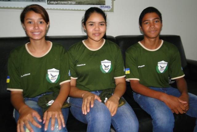 Luiza, Jéssica e Luiz estão ansiosos para serem contratados. - Crédito: Foto: Divulgação