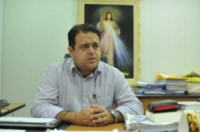 Ivandro Fonseca, secretário municipal de Saúde de Campo Grande, informou que Ministério da Saúde encaminhou frascos com menos doses - Crédito: Foto: Alcides Neto