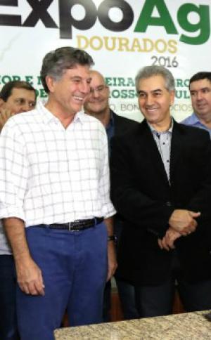 Murilo com o governador neste fim de semana na Expoagro. - Crédito: Foto: A. Frota