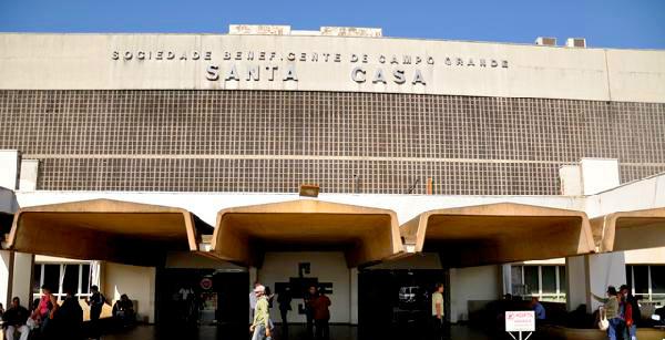 Na Santa Casa de Campo Grande, quatro pacientes com infecção por H1N1 confirmada estão isolados em UTIs -