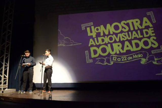Em cada categoria, os três primeiros colocados receberam uma estatueta e a premiação oferecida pela organização da Mostra. - Crédito: Foto: Divulgação