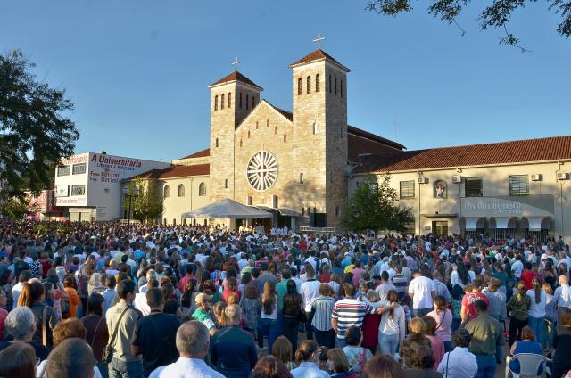 Celebração de Corpus Christi deve reunir milhares de católicos de todas as paróquias em frente à Catedral Imaculada Conceição. - Crédito: Foto: Marcos Ribeiro