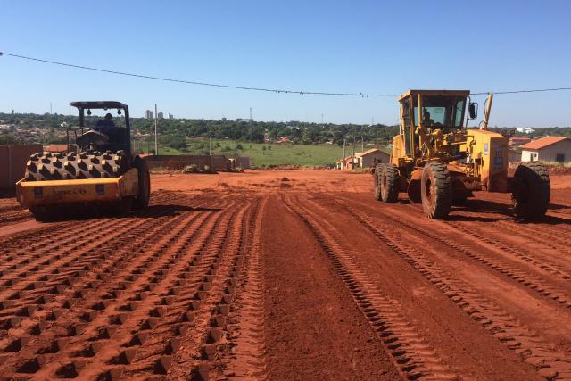 Após drenagem e terraplanagem, sai licitação para pavimentação asfáltica do Vila Alta. - Crédito: Foto: Arquivo