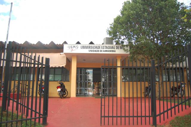 UEMS do município de  Amambai está localizada na Rua José Sampaio Ferraz, 3353, Vila Gisele. - Crédito: Foto: Divulgação