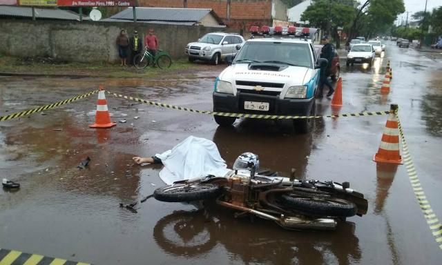 Acidente registrado no fim de semana em Dourados foi o terceiro com morte na cidade durante o feriado Foto: Cido Costa -