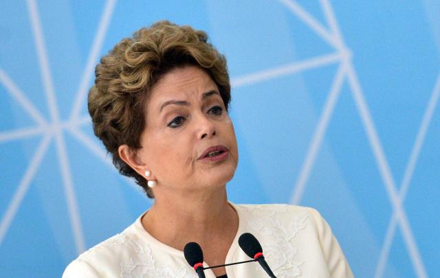 """No documento, a defesa de Dilma deve alegar que os atos não configuram crime de responsabilidade e que o processo de impeachment tem """"vícios de origem"""", porque teria sido aberto por """"vingança"""" pelo presidente afastado da Câmara, Eduardo Cunha - Crédito: Foto: Divulgação"""