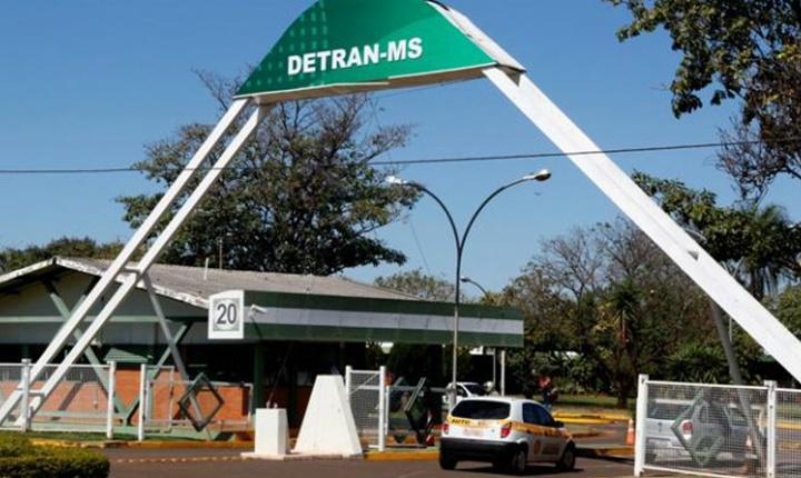 Detran rompeu contrato com empresa investigada em operação Foto: Arquivo -