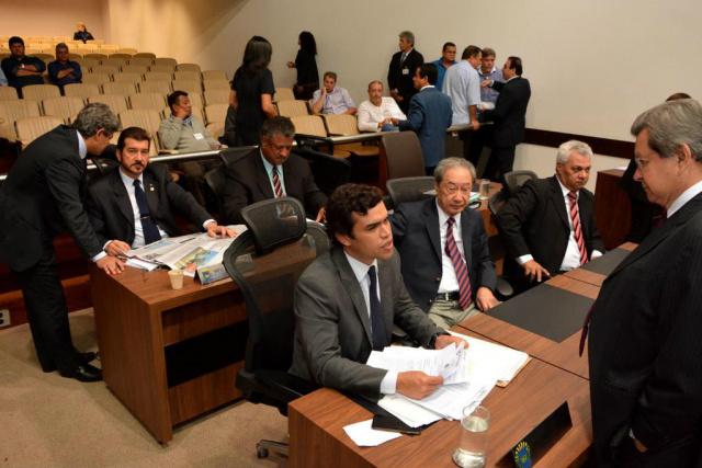 Ainda podem ser votados outros projetos a partir de acordo de lideranças. - Crédito: Foto: Roberto Higa/ALMS
