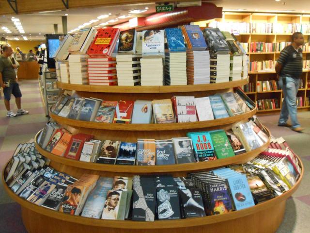 Pesquisa mostra ascensão de livros religiosos - Crédito: Foto: Divulgação