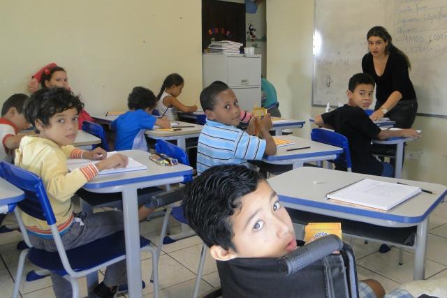 Sala de estimulação psicomotora tem colaborado para a evolução educacional de alunos com necessidades especiais em Naviraí. - Crédito: Foto: Divulgação